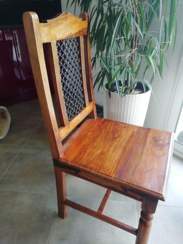 Chaises bois de palissandre  150 Septeuil (78)