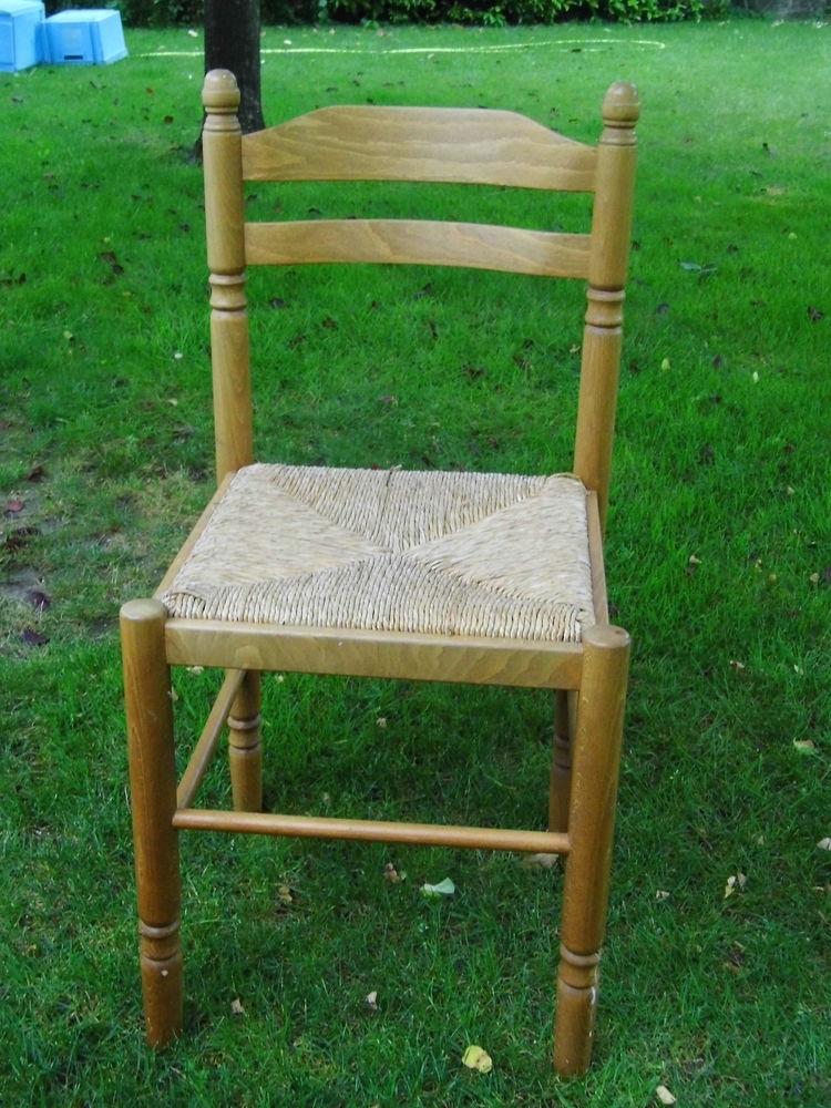 4 chaises en bois 20 Rezé (44)