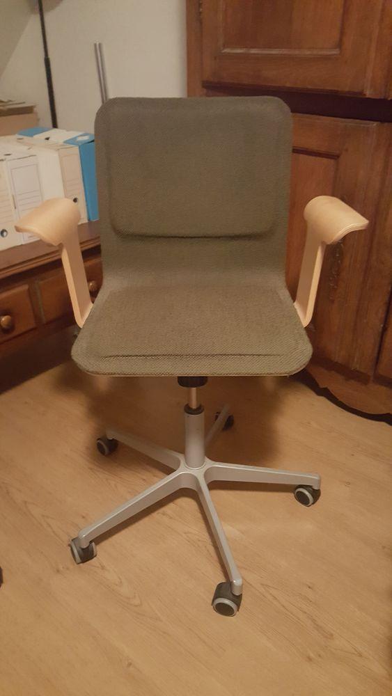 chaises bureau occasion strasbourg 67 annonces achat et vente de chaises bureau paruvendu. Black Bedroom Furniture Sets. Home Design Ideas