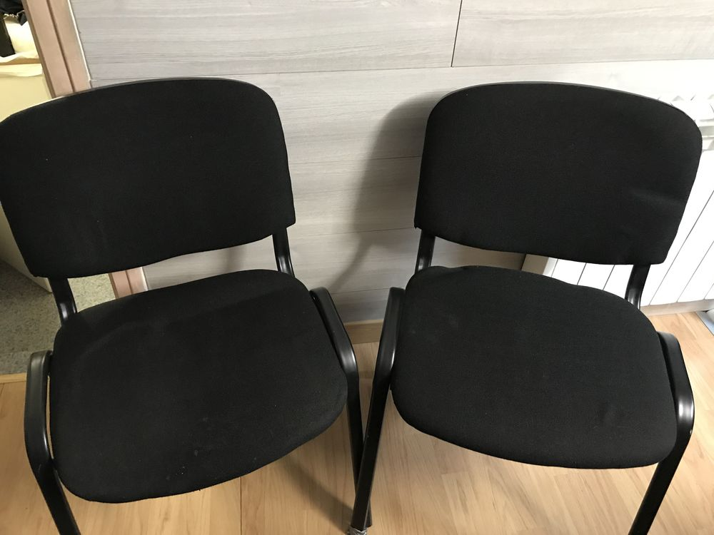 2 chaises de bureau noir 30 Chauray (79)