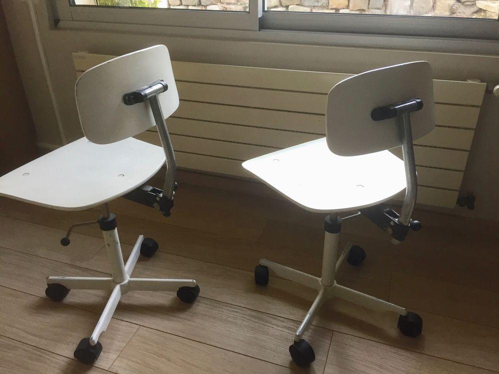 2 chaises de bureau 0 Dampierre-en-Yvelines (78)