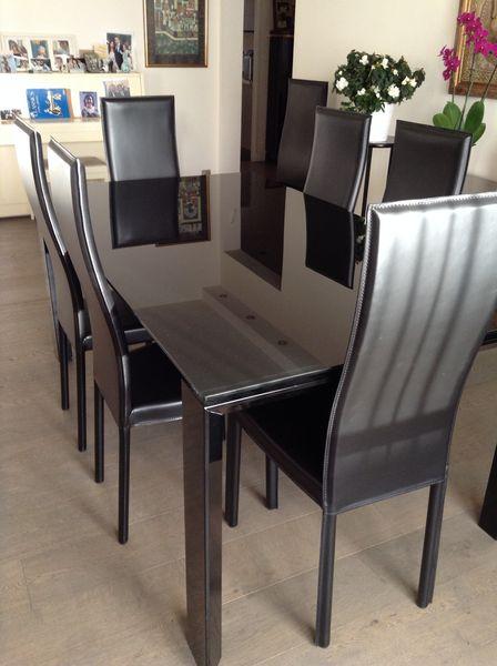 trendy chaises cuir noir design italien neuves with chaise cuir design italien. Black Bedroom Furniture Sets. Home Design Ideas