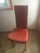 6 chaises en cuir orange  50€ pièce soit 300€