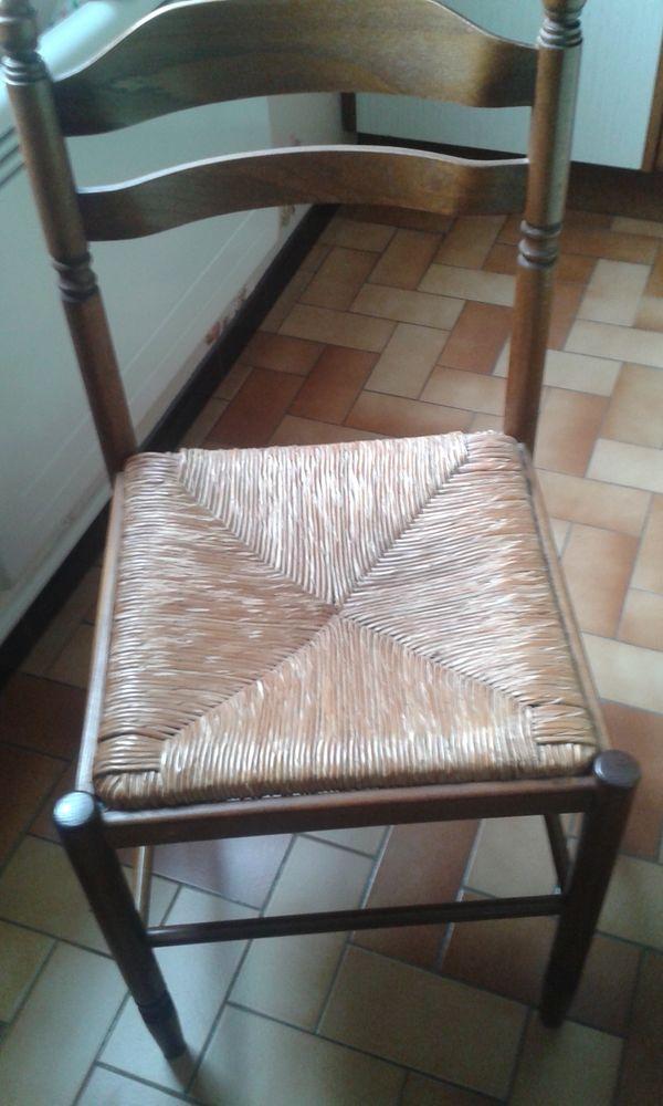 chaises de cuisine 40 Pont-Sainte-Marie (10)