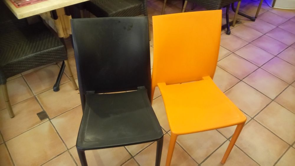 chaises empilables 0 Bayonne (64)
