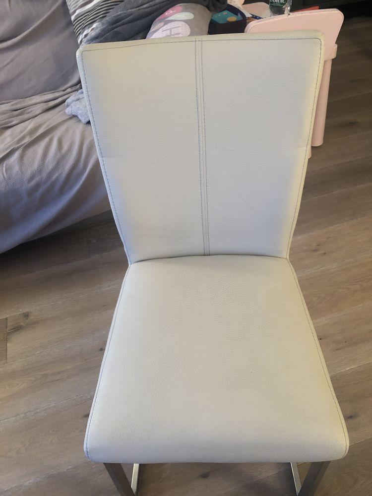 lot 4 chaises - excellent état 550 Neuilly-sur-Seine (92)