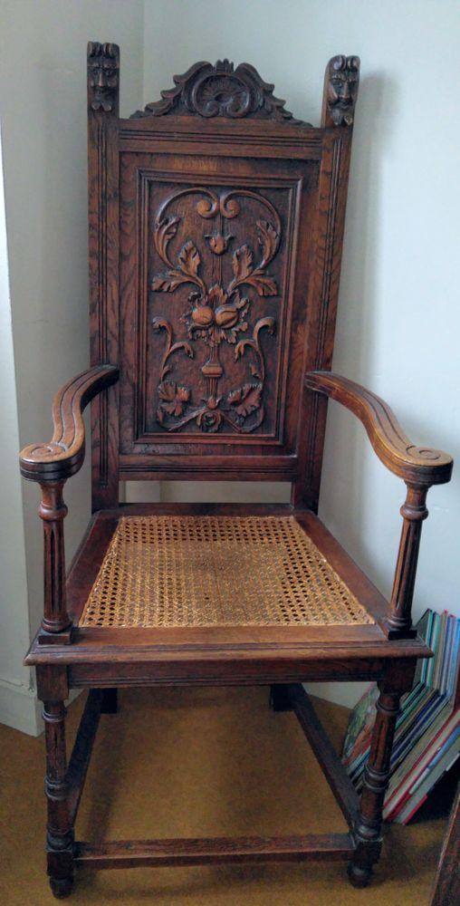 2 Chaises fauteuil anciennes sculptées  0 Sautron (44)