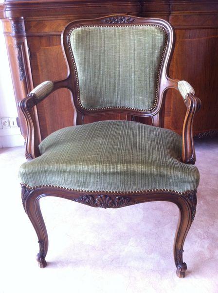 Chaises et fauteuils Louis XV 250 Paris 17 (75)