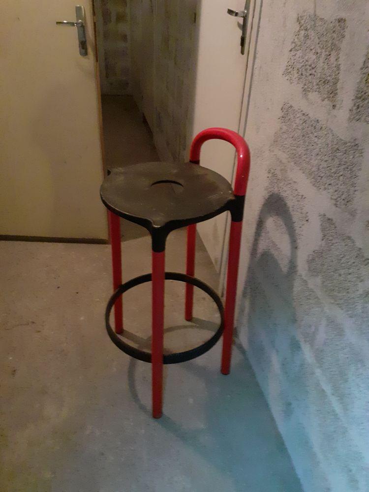 2 chaises de bar de marque Kartell, design 1980 300 Martigues (13)
