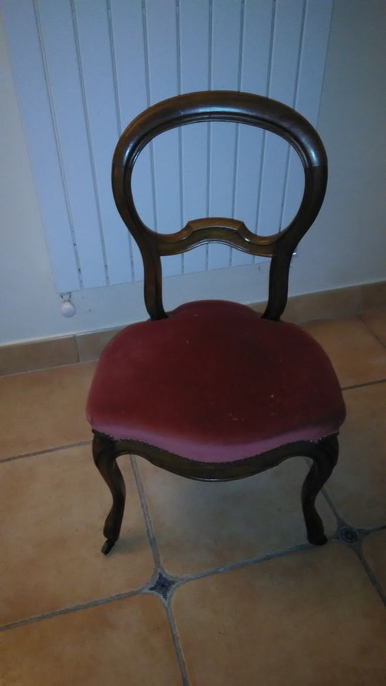 Lot de 2 chaises médaillons Louis XVI  150 Saint-Paul (06)
