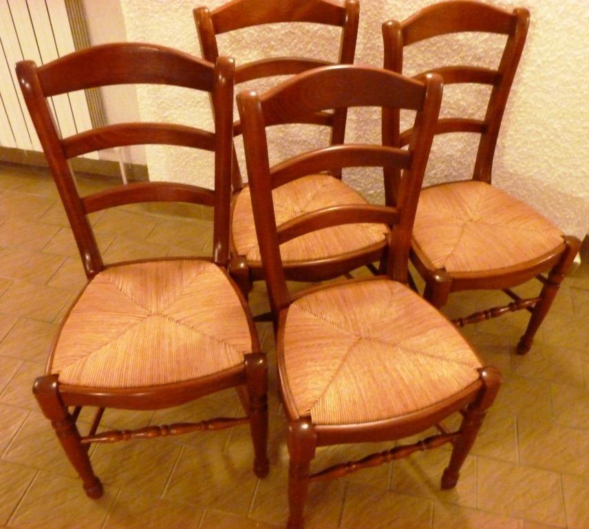 chaises occasion en lorraine annonces achat et vente de chaises paruvendu mondebarras page 16. Black Bedroom Furniture Sets. Home Design Ideas