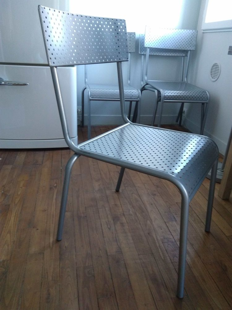 chaises occasion toulouse 31 annonces achat et vente de chaises paruvendu mondebarras. Black Bedroom Furniture Sets. Home Design Ideas