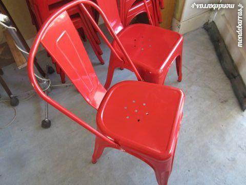 6 chaises métalliques emboîtables 480 Le Creusot (71)