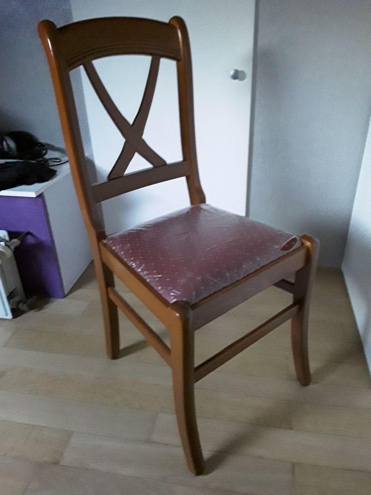 Lot de 6 chaises meurisier avec assise tissu. 50 Halluin (59)