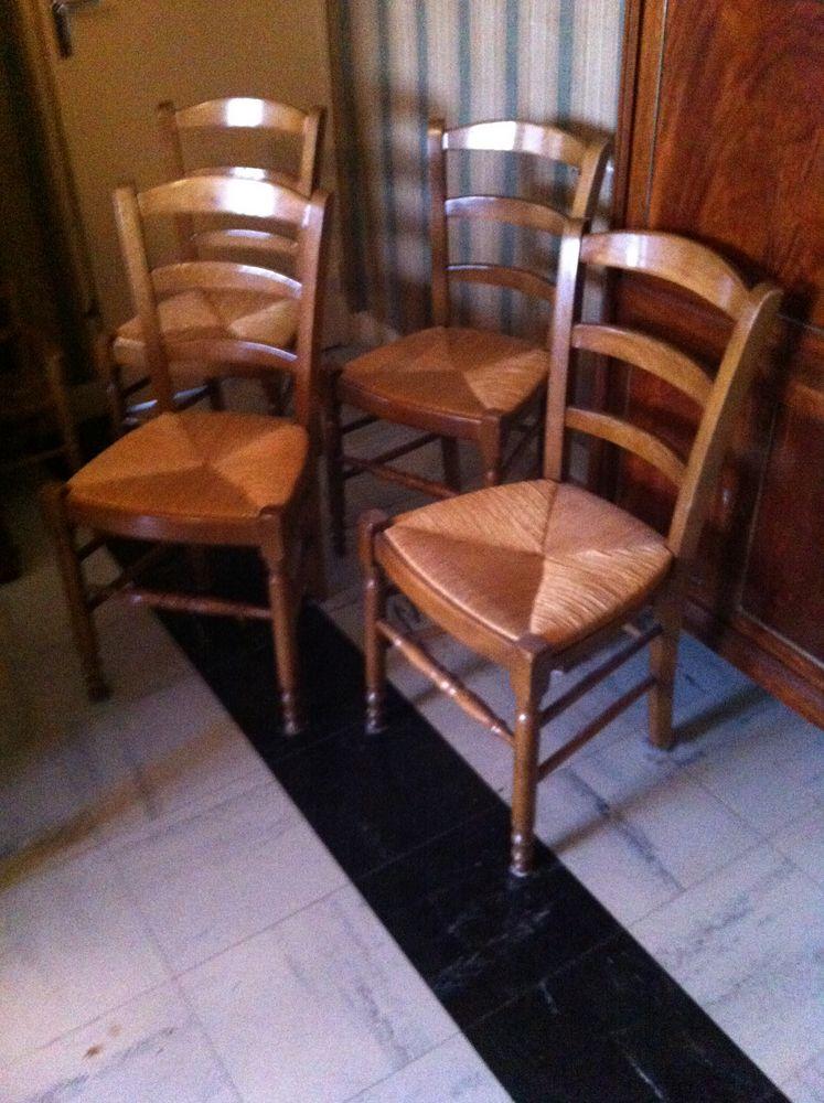 4 chaises paillées/cuisine 125 Castres (81)