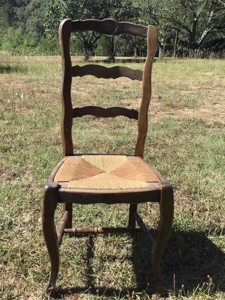 6 chaises paillées 60 Saint-Vincent-d'Olargues (34)