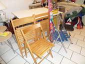chaises et parasol  25 Magny-le-Hongre (77)