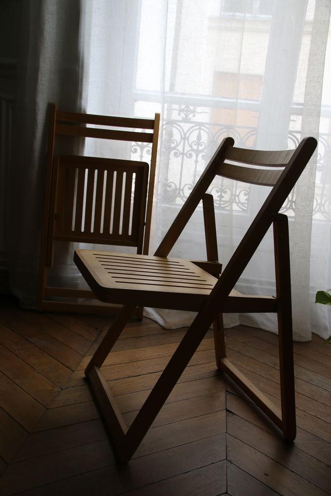 chaises pliantes 0 Paris 2 (75)