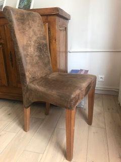 2 chaises + 2 pouf KARE Design 270 Charenton-le-Pont (94)