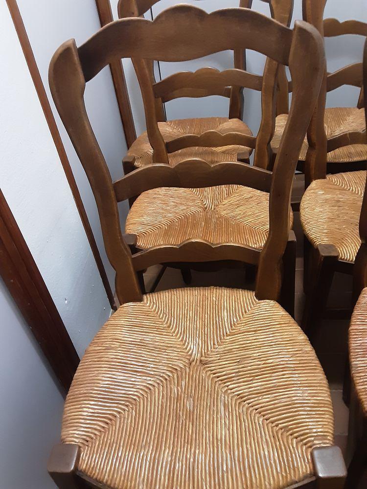 6 chaises  et à prendre sur place 30 Connaux (30)