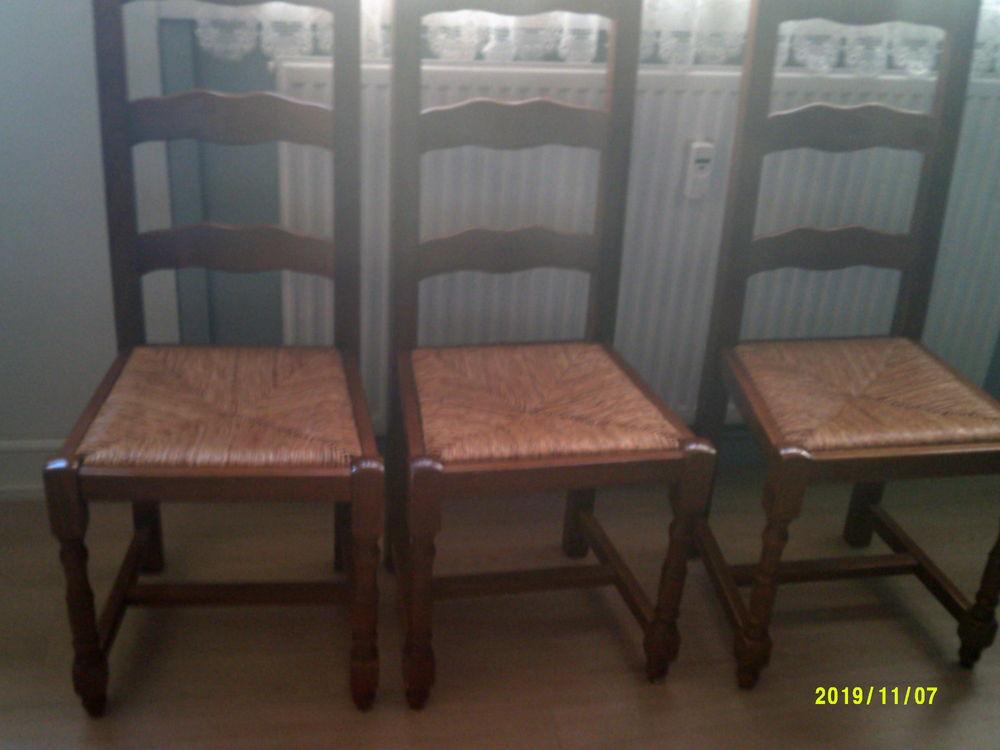 chaises rustiques 25 Cambrai (59)