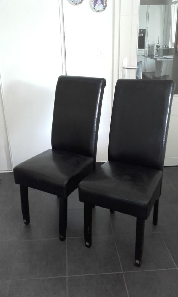 CHAISES SALE AMANGER 0 Altkirch (68)
