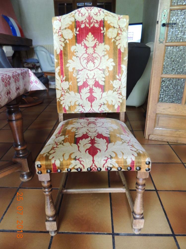 chaises de salle a manger velours 20 Torcy (71)