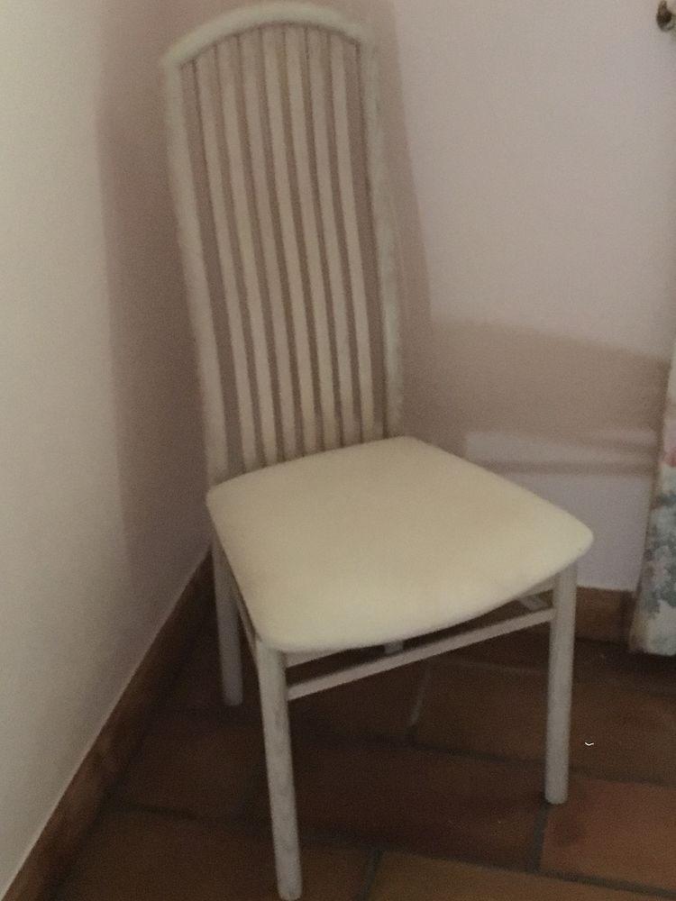 chaises de salle à manger 100 Coublevie (38)