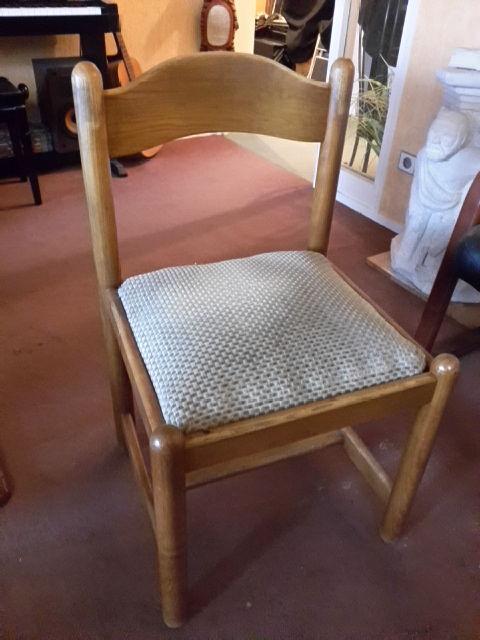 Lot 4 chaises salle à manger orme massif 20 Cergy (95)
