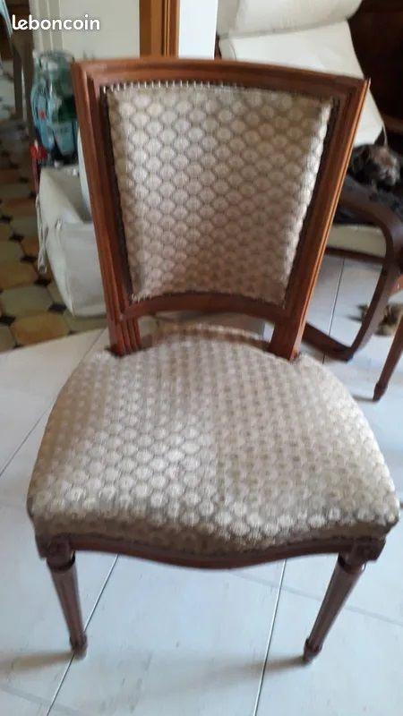 Chaises de Style louis XVI 300 Montreuil (93)