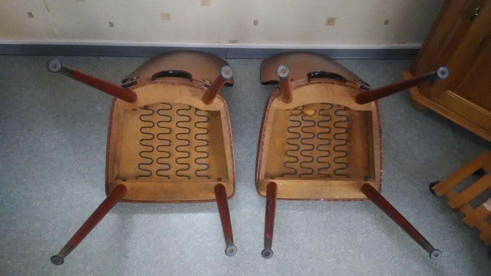 Chaises vintage  0 Raimbeaucourt (59)