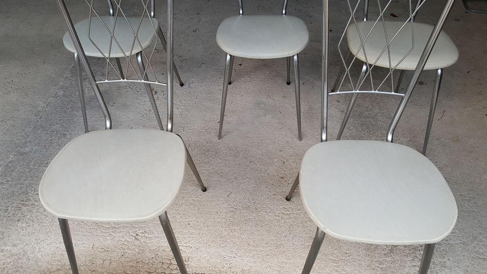 Lot de 5 chaises vintage 50 Dun-sur-Auron (18)