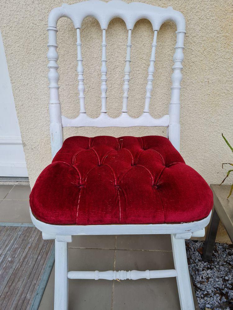 Lot chaises Vintage 0 Floirac (33)