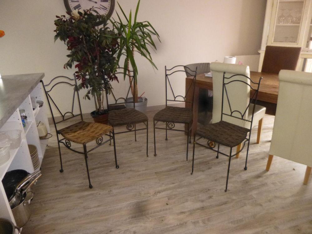 chaises en vrai  fer forgé 150 Le Grand-Quevilly (76)