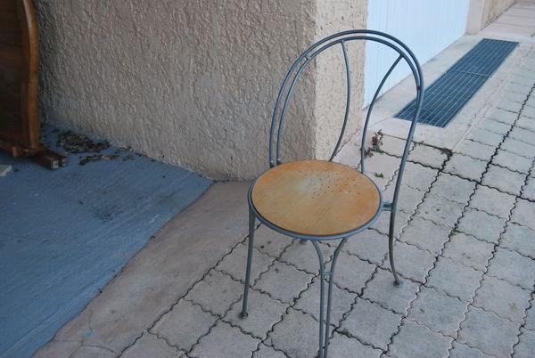 chaises 20 Manosque (04)