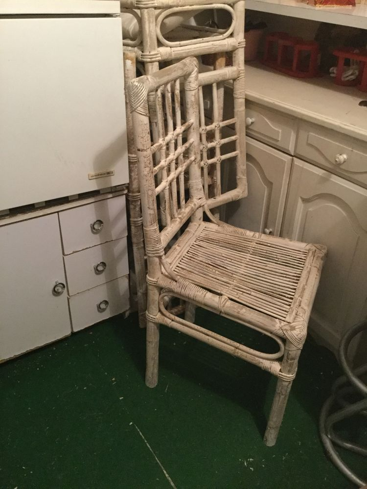 chaises rotin occasion annonces achat et vente de chaises rotin paruvendu mondebarras page 12. Black Bedroom Furniture Sets. Home Design Ideas