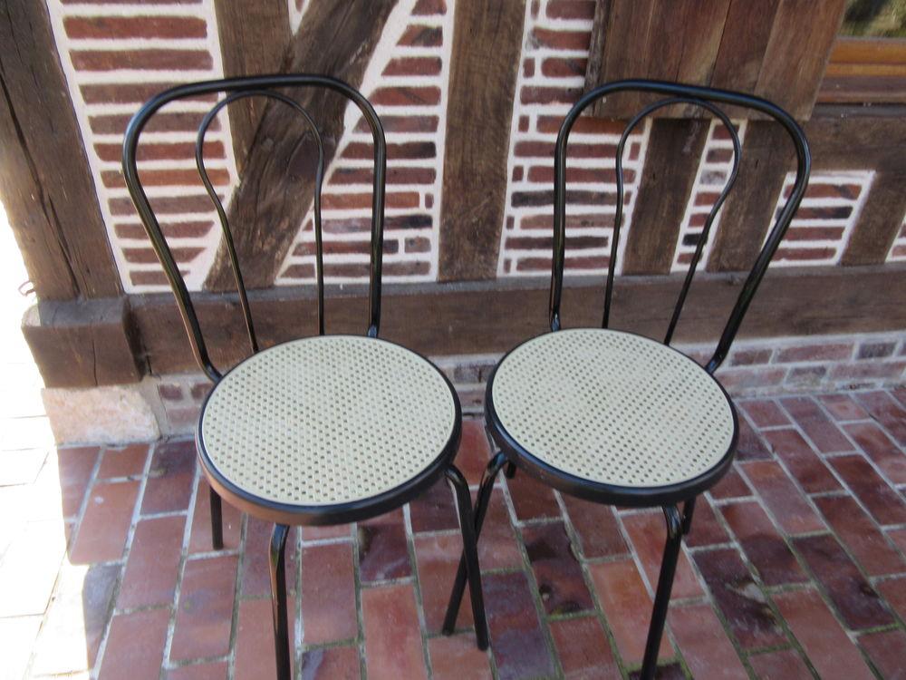 chaises 25 Saint-Jean-de-Bonneval (10)