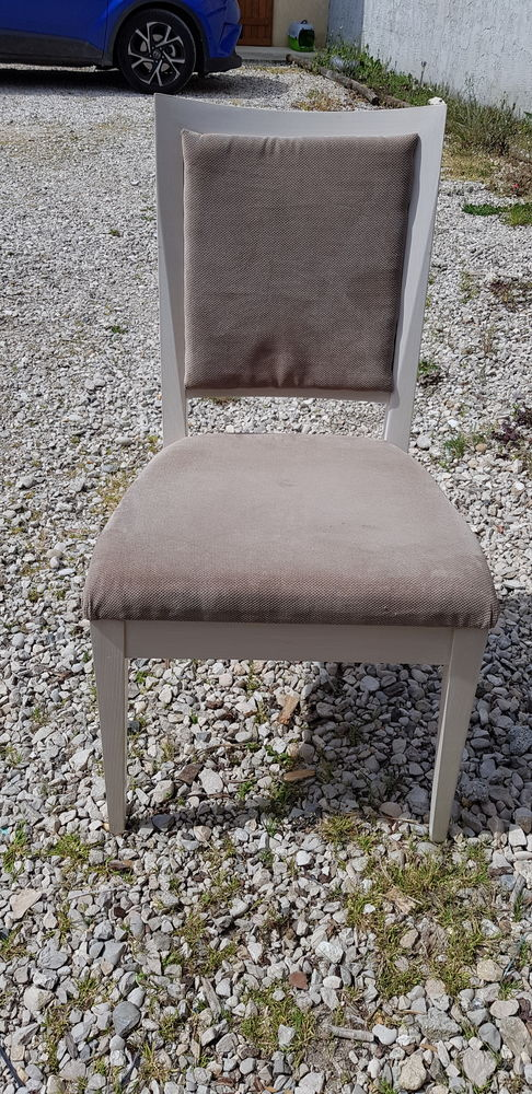 lot 6 chaises 1300 Chaveyriat (01)