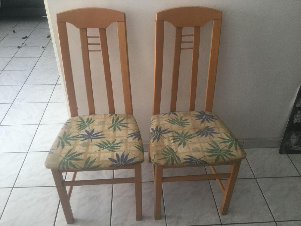 2 chaises  20 Villeparisis (77)