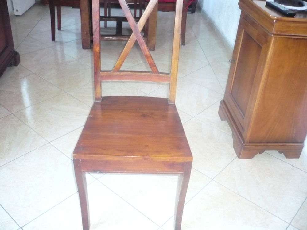 lot de 4 chaises 150 Toulon (83)