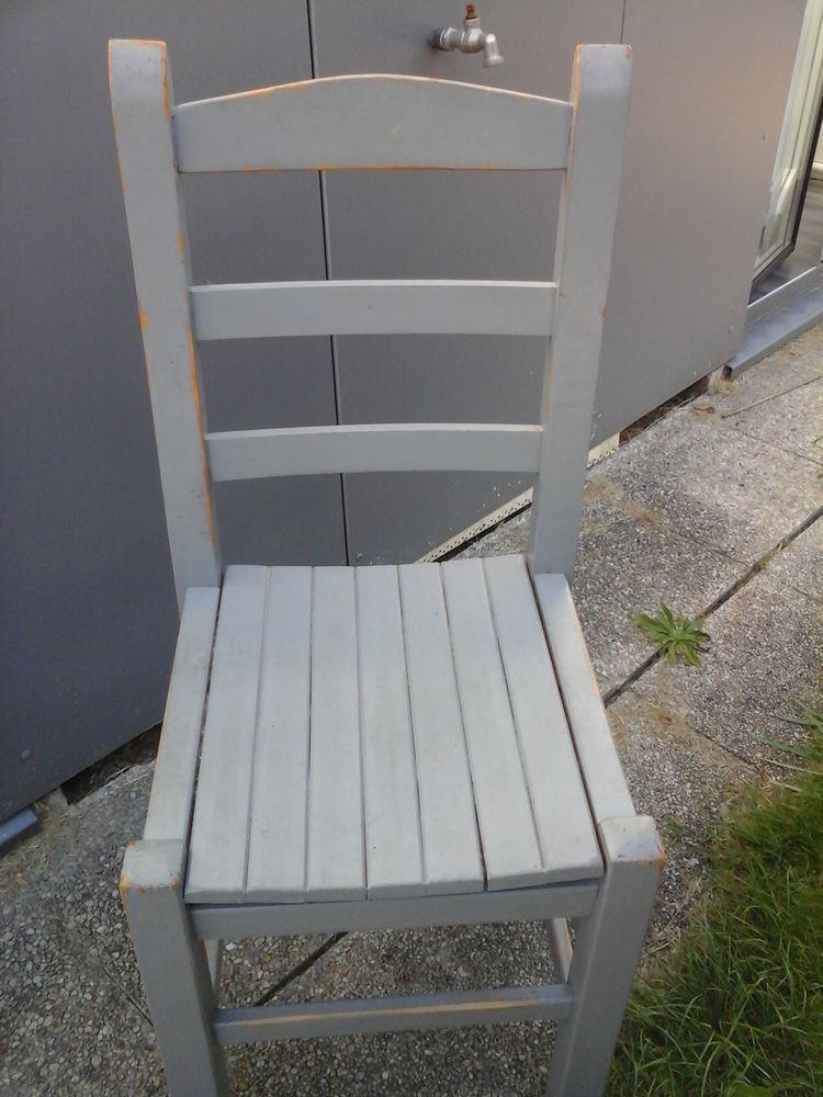 Lot de 4 chaises en  pin 40 Mordelles (35)
