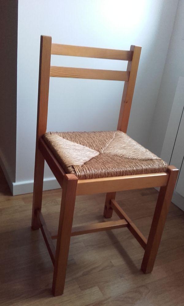 Lot de 2 chaises en pin 40 Milly-la-Forêt (91)