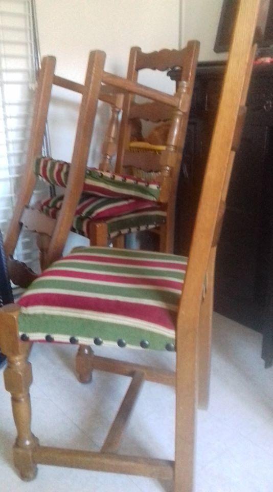 4 chaises 0 Tenay (01)