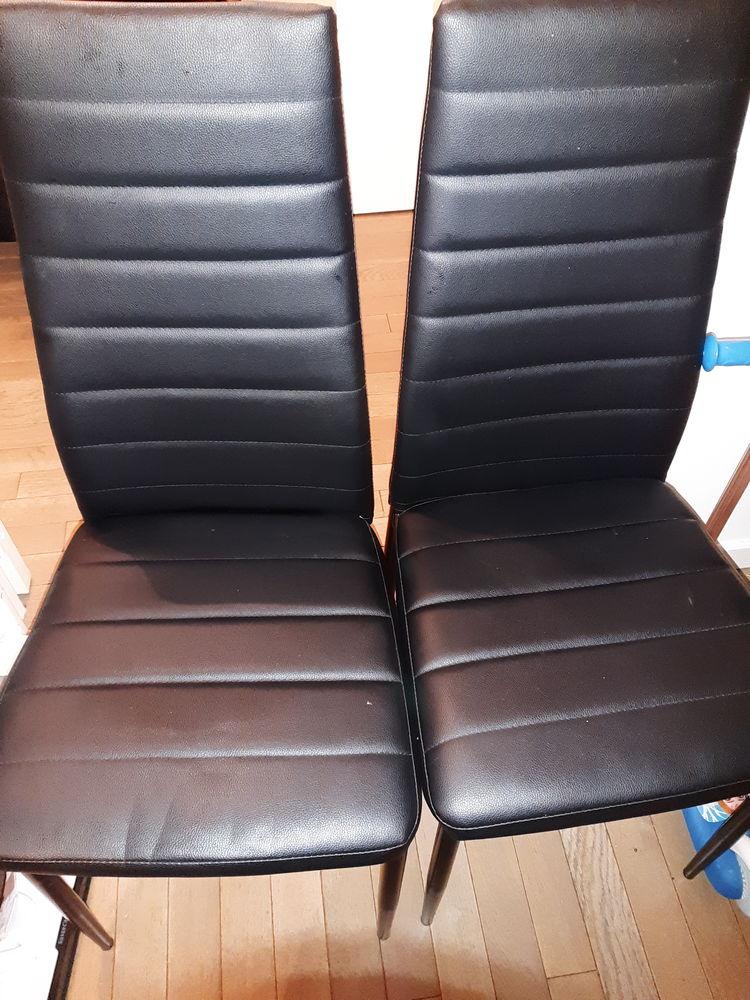 Lot de 2 chaises 35 Bobigny (93)