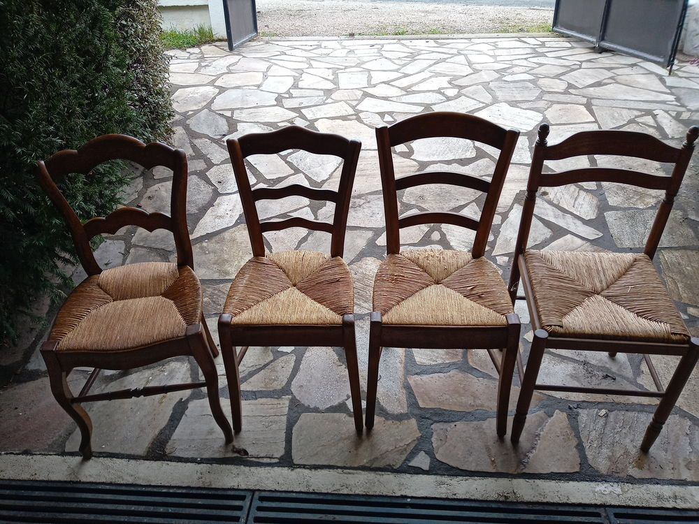 Lot de chaises 3 Yzeure (03)