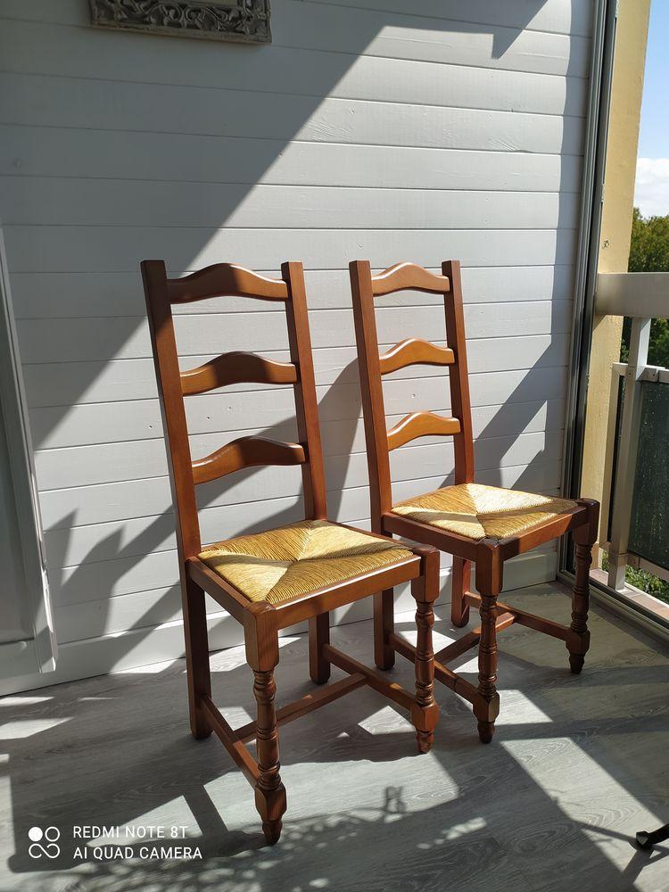 chaises  45 Bourg-en-Bresse (01)