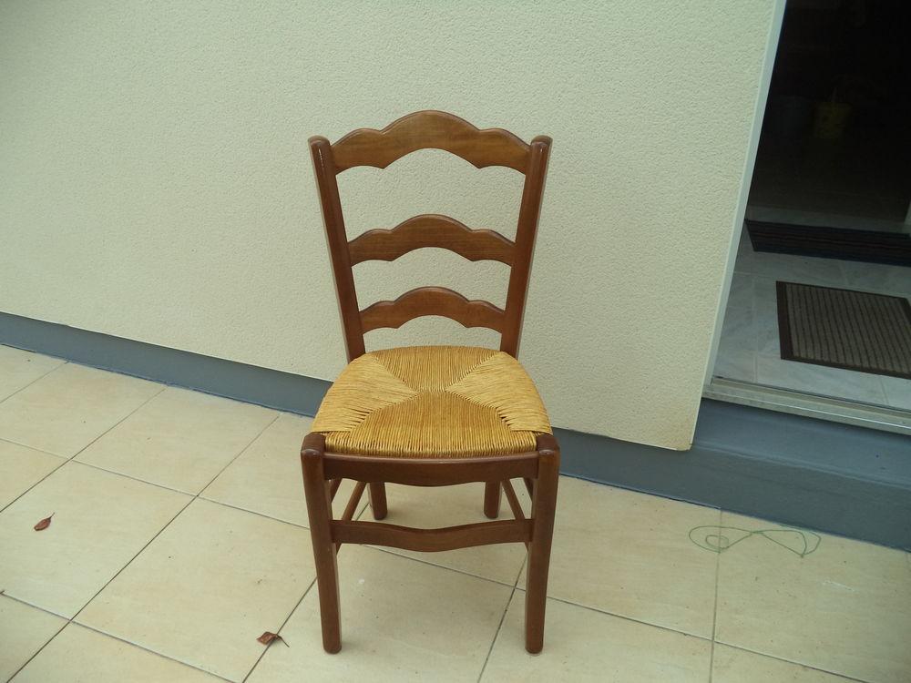 lot de 4 chaises 70 La Bernerie-en-Retz (44)