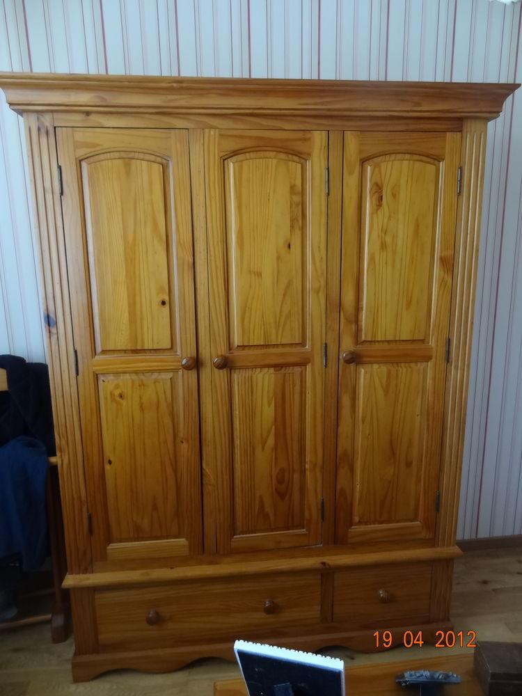 Chambre adulte pin massif complète (9 pièces) 550 Saint-Sébastien-d'Aigrefeuille (30)