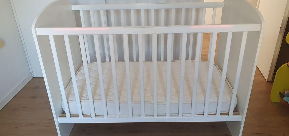 chambre bébé SAUTHON 350 Nesmy (85)