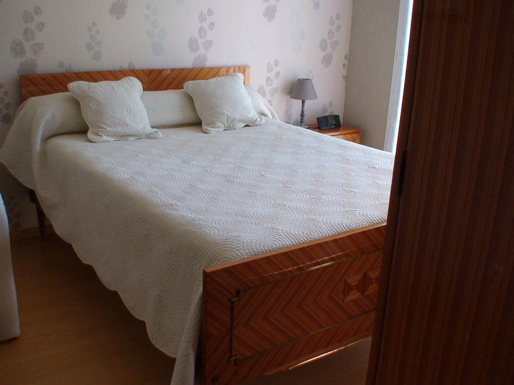 chambre en bois de rose 400 Coutras (33)